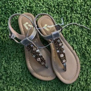 Report sandals gold size 6